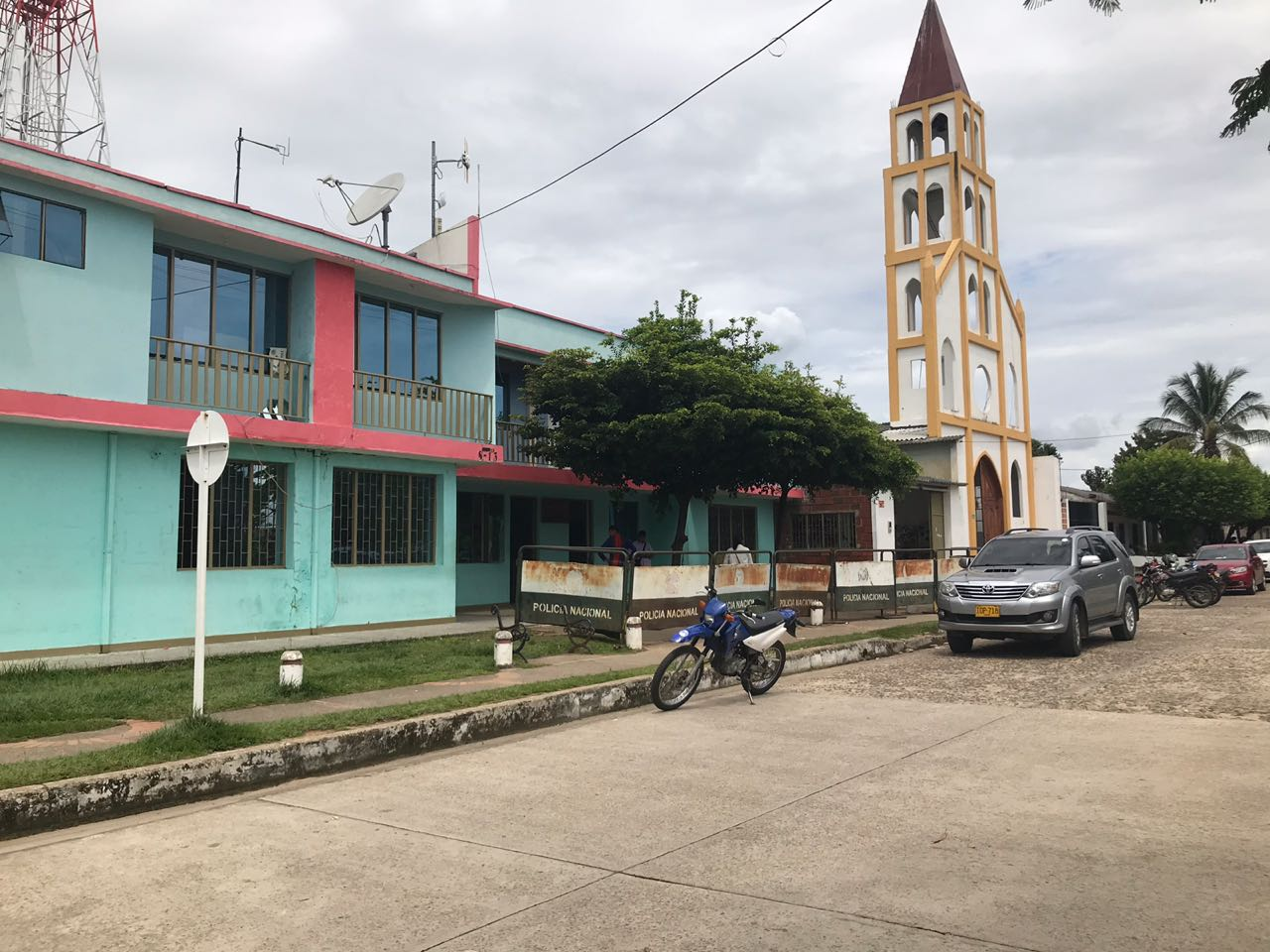 En Hato Corozal intentan controlar protestas de estudiantes, pero se levantó bloqueo a la alcaldía local