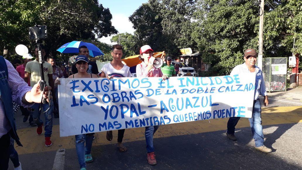 Protestas contra Covioriente por retrasos de doble calzada Aguazul Yopal
