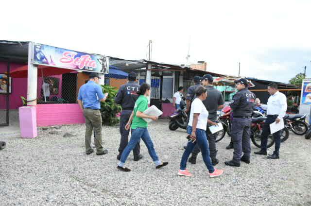 Cierran establecimiento de Lenocinio en la calle 40 de Yopal y deportan más venezolanas