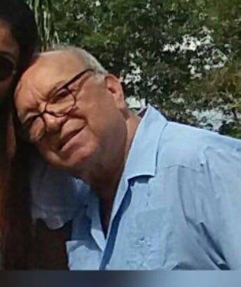 Don Pablo Rodríguez fundador de la droguería Yopal  con dificultades de salud