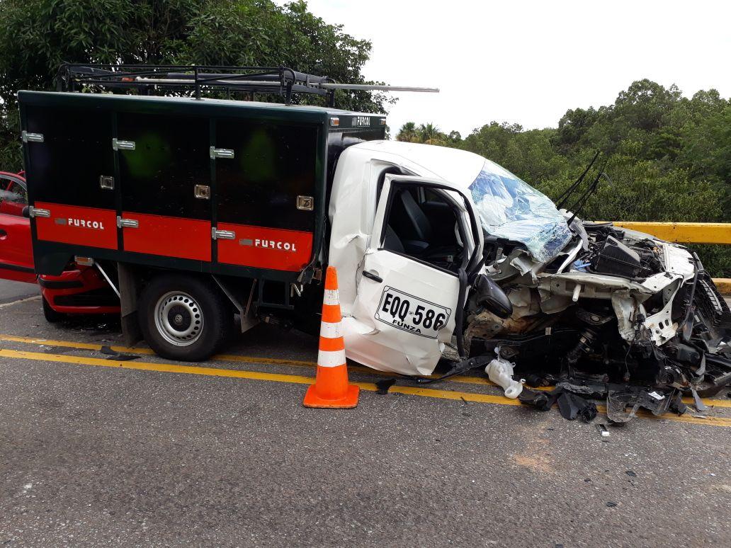 Choque de vehículos en Monterry  vereda Bellavista deja tres lesionados