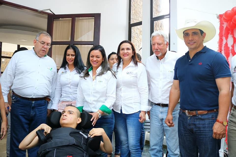 Parex Resources Colombia entrega de sillas de ruedas a población con discapacitada  en Yopal