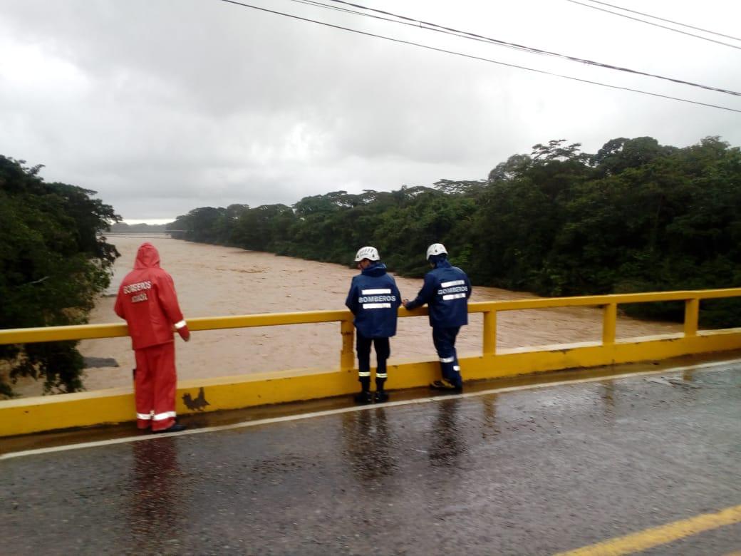 En Aguazul río Unete presentó aumento de nivel histórico por el invierno de ayer