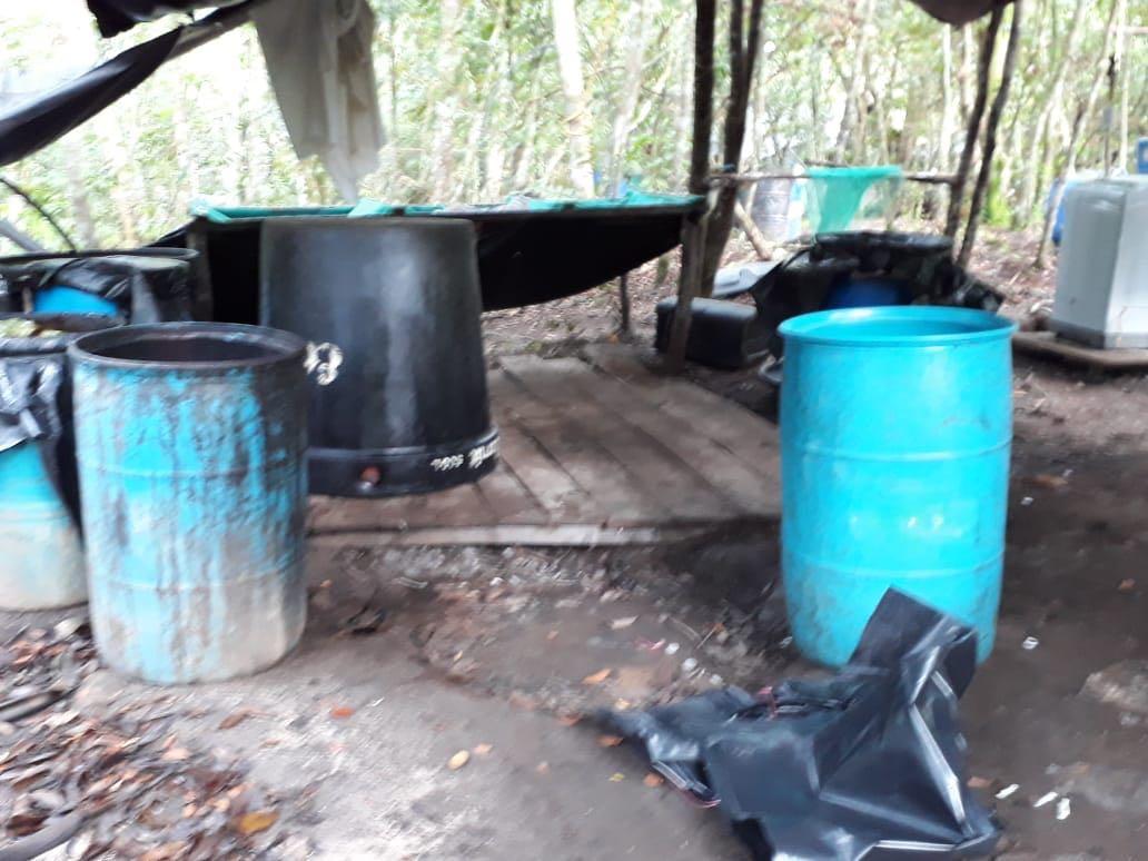 Ejército y fiscalía destruyen laboratorio de cocaína en vereda  Caño Rico de Monterrey Casanare
