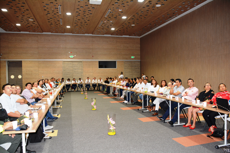 La Cámara de comercio de Casanare se integra con propietarios de negocios y empresarios de la carrera 29 de Yopal