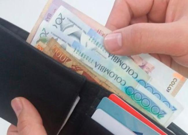 Inicia devolución de $42.680 millones de pesos a afectados de Suma Activos