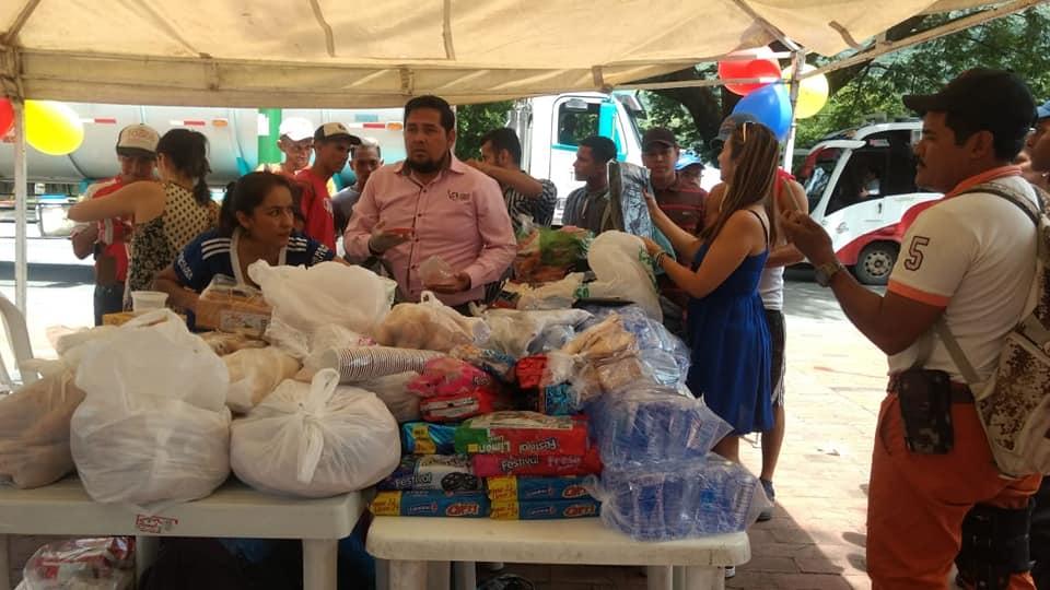 """Adriana Barreto y sus """" muchachos"""" brindaron amor y ayuda al prójimo Venezolano"""