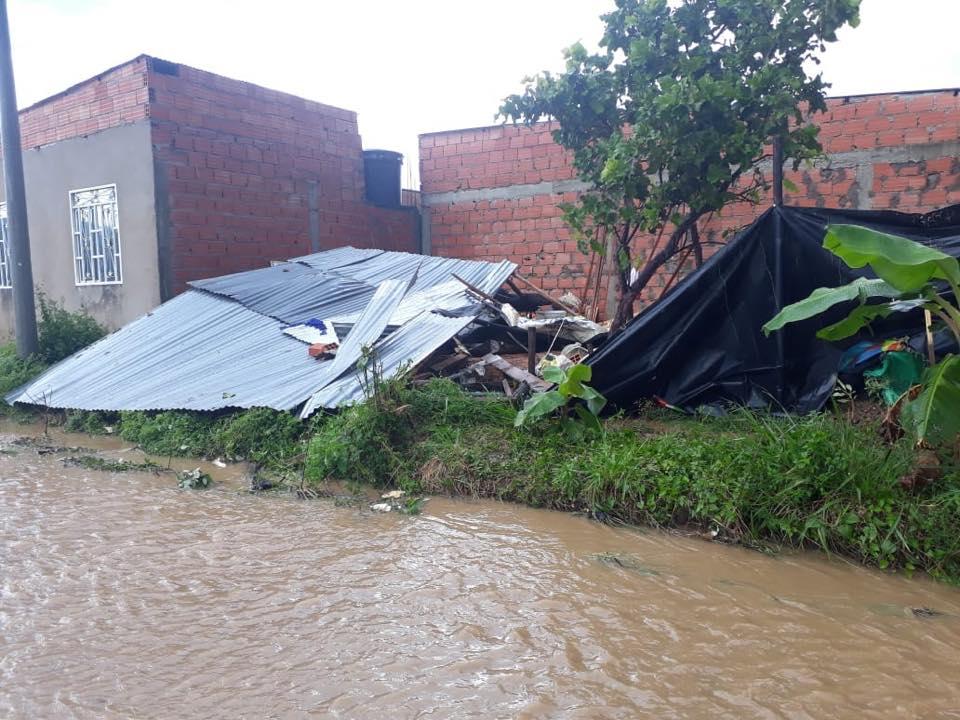 Fuertes vientos y lluvias causan pánico en ciudadela La Bendición de Yopal