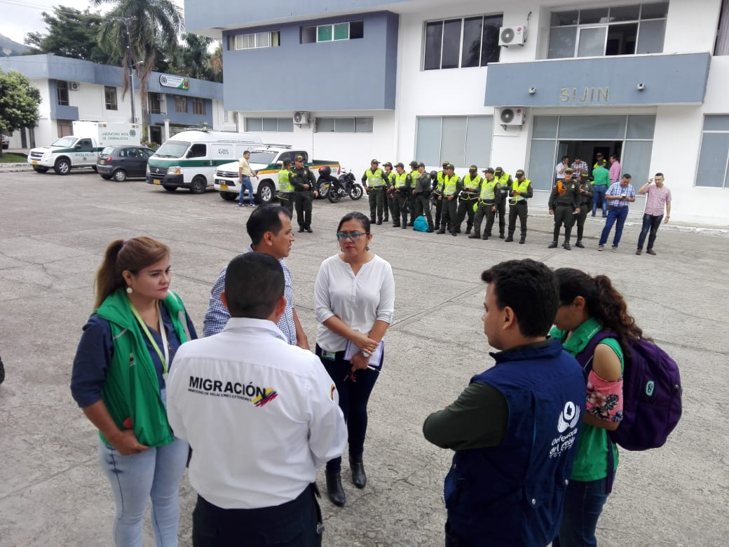 Autoridades realizan operativos de control a migrantes venezolanos