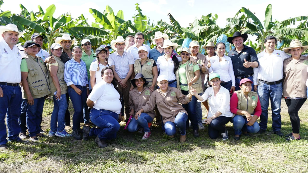 Taller del campo en Aguazul con Min Agricultura dejó mas expectativas que resultados