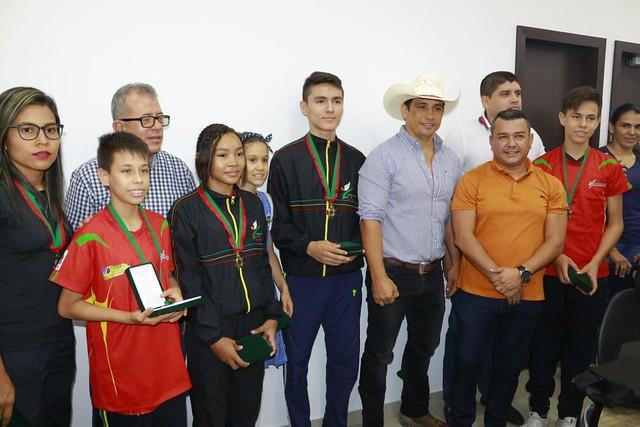 Gobernador hace reconocimiento al mérito Casanare  a deportistas