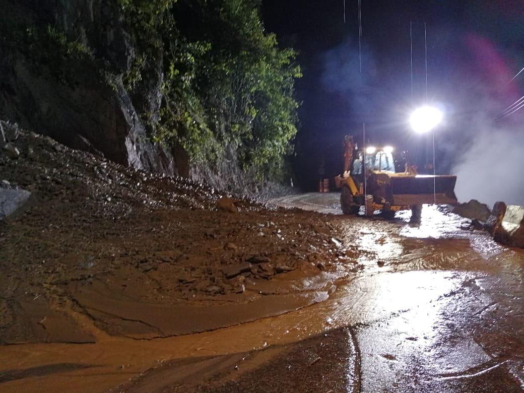 Nuevamente cierran  la vía Bogotá Villavicencio