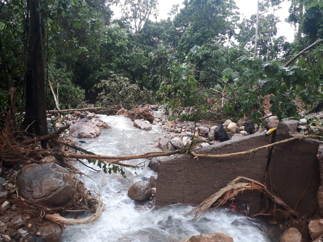 Quebrada El Atoldadero provoca avalancha en resguardo de Barro Negro