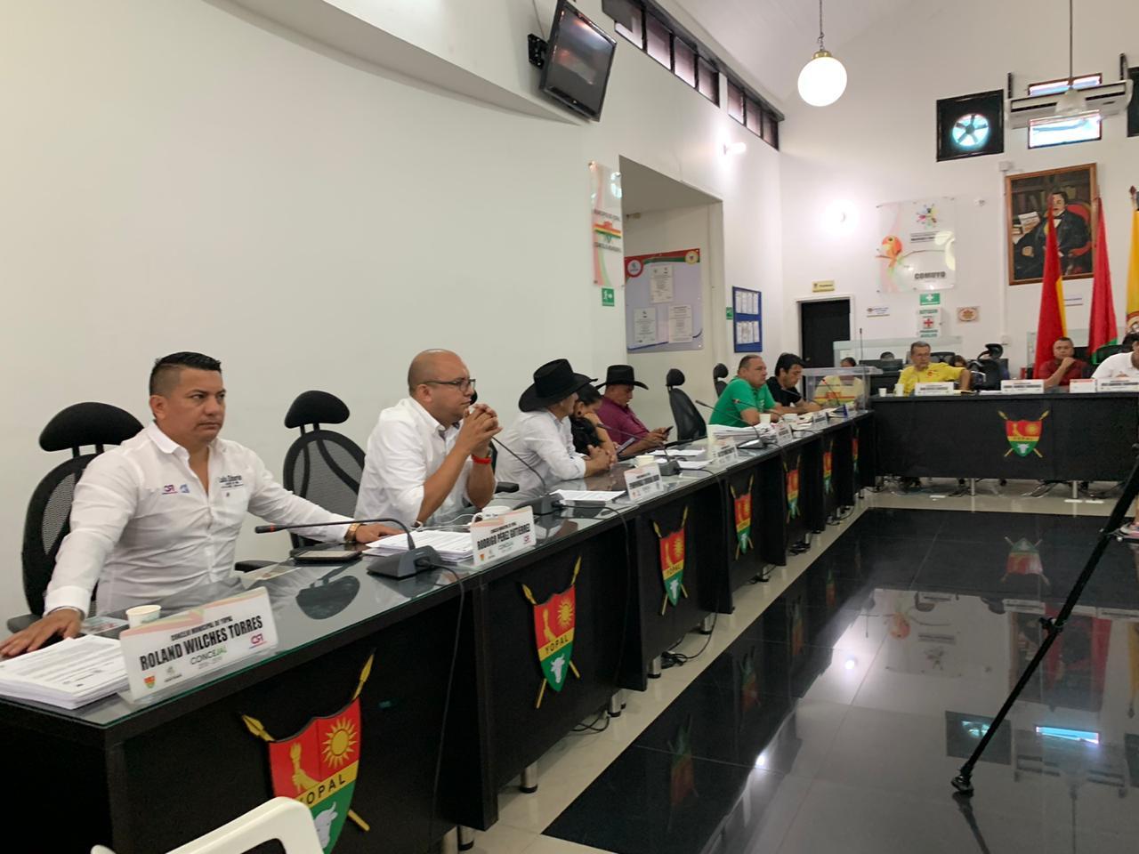 Concejo de Yopal aprueba proyectos para via y alumbrado público